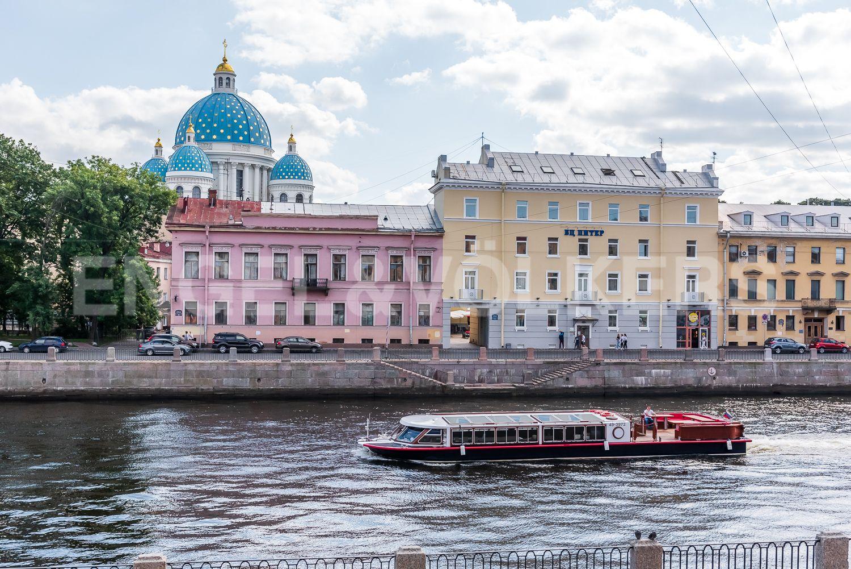 Элитные квартиры в Центральном районе. Санкт-Петербург, Наб. реки Фонтанки, 135А. Вид из окна гостиной