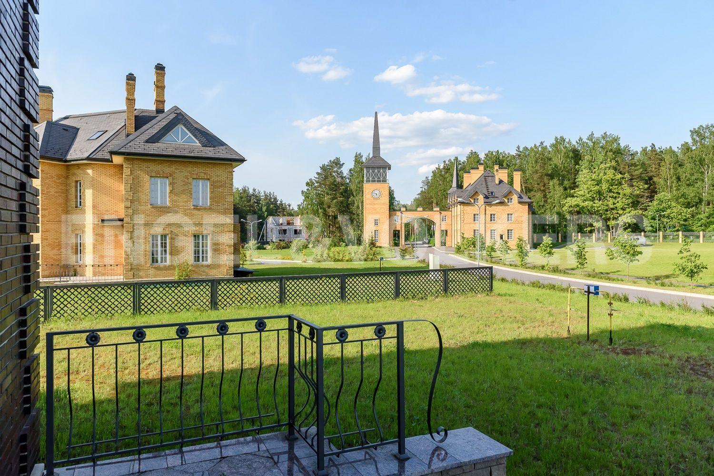 Вид на поселок с участка