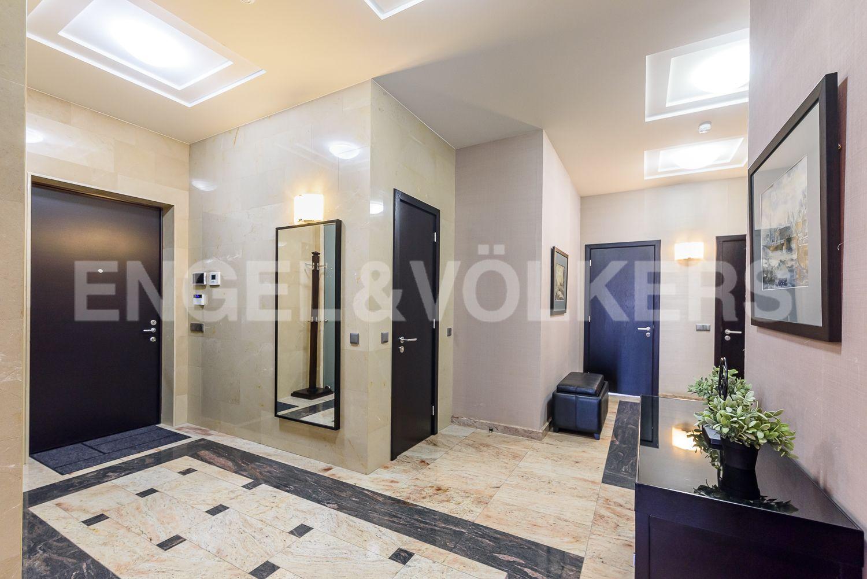 Элитные квартиры на . Санкт-Петербург, наб. Мартынова, 74Б. Прихожая