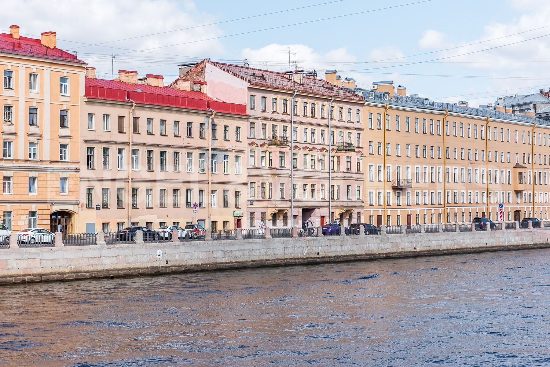 Элитные квартиры в Центральном районе. Санкт-Петербург, Наб. реки Фонтанки, 135А. Фасада дома со стороны пешеходного Красноармейского моста