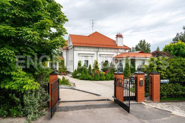 «Русская деревня» — семейная резиденция в закрытом поселке