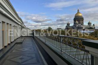 «Монферран» — взгляд на историю Петербурга с собственной террасы