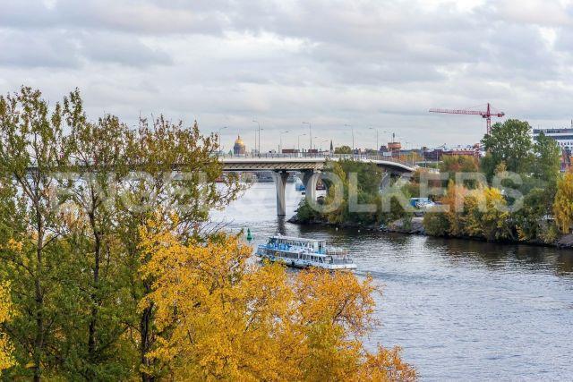 Петроградский р-н