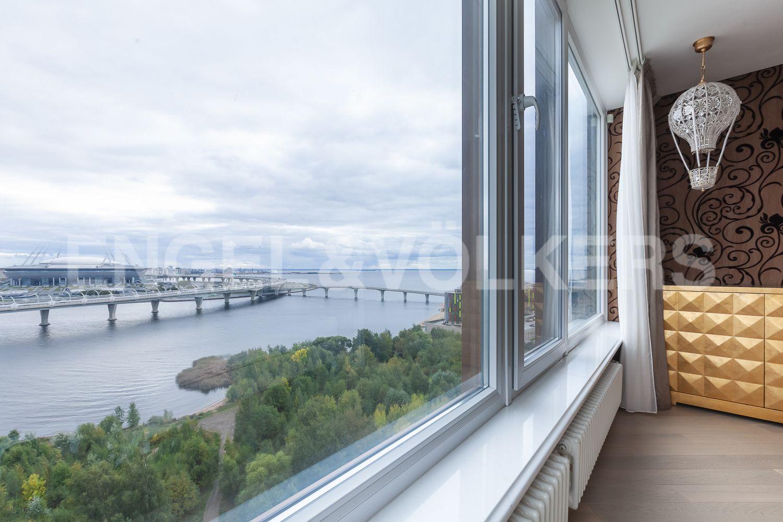 Элитные квартиры в Приморском районе. Санкт-Петербург, Приморский пр., д. 137. Панорамный вид на акваторию Финского залива