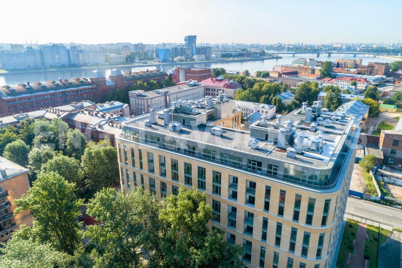 Кирочная, 70 – редкое предложение квартиры с 4 спальнями и панорамой на центр города