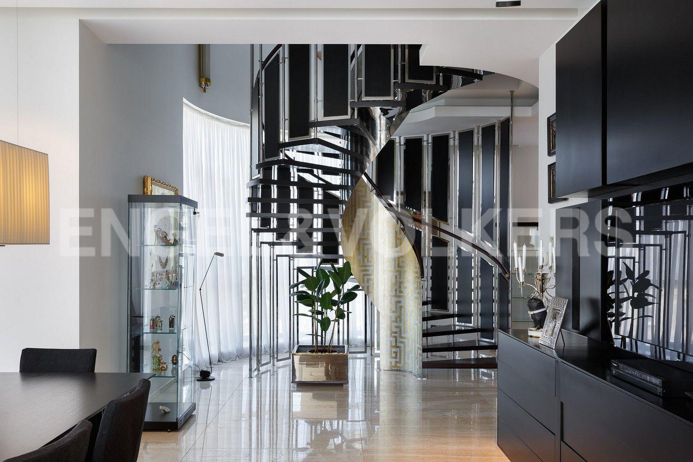 Лестница на 2 эт.