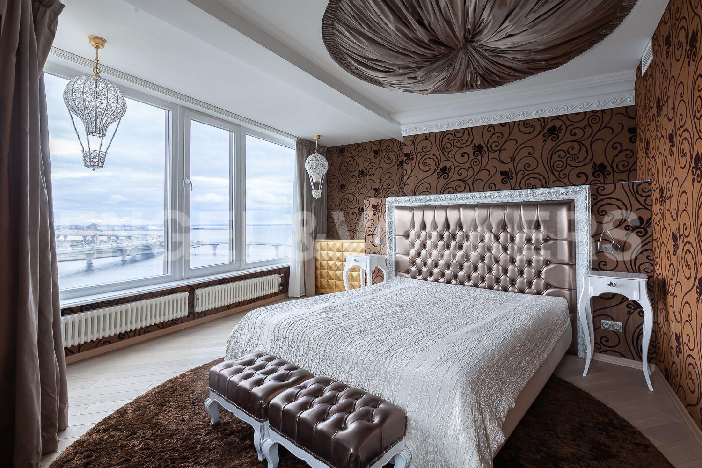 Элитные квартиры в Приморском районе. Санкт-Петербург, Приморский пр., д. 137. Мастер-спальня