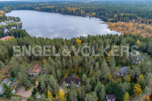 КП «Горки» — скандинавский стиль жизни на берегу озера Ильичевское в окружении леса
