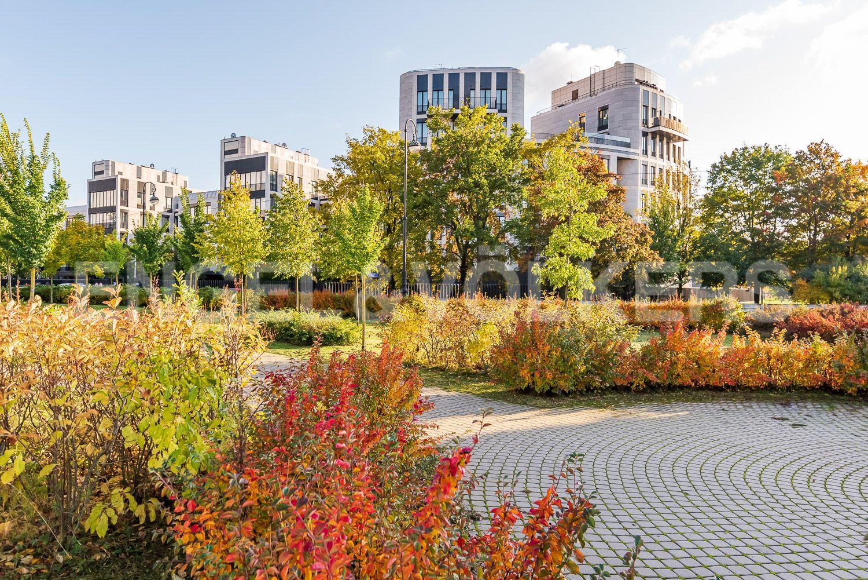 Элитные квартиры на . Санкт-Петербург, наб. Мартынова, 74. Вид с набережной