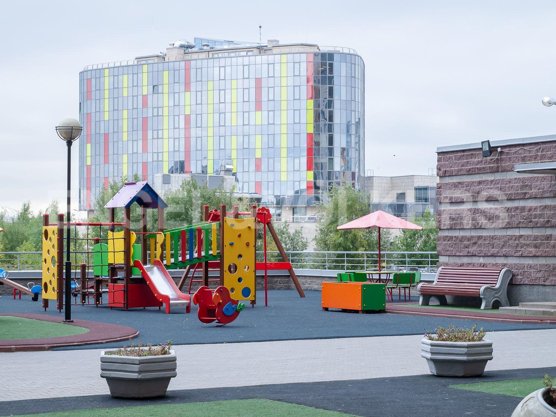 Элитные квартиры в Приморском районе. Санкт-Петербург, Приморский пр., д.137. Закрытая придомовая территория комплекса