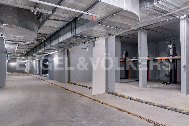 Элитные квартиры в Центральном районе. Санкт-Петербург, ул. Кирочная, 70. Подземный паркинг