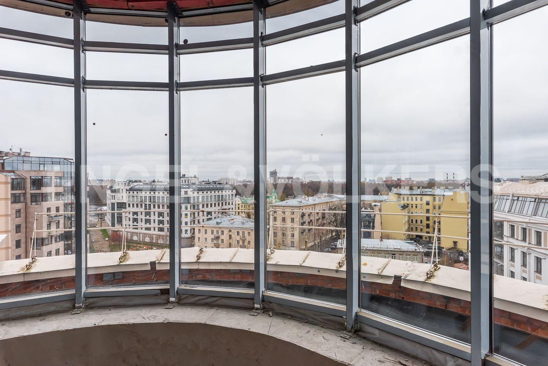 Элитные квартиры на . Санкт-Петербург, Морской пр, 33. Застекленная терраса