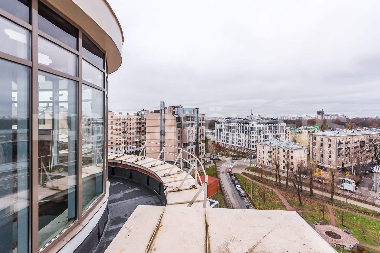 Элитные квартиры на . Санкт-Петербург, Морской пр, 33. Вид с террасы