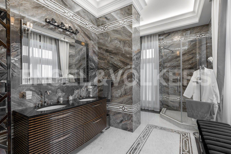 Элитные квартиры в Центральном районе. Санкт-Петербург, наб. реки Фонтанки, 76, корп. 2, лит.А. Ванная комната