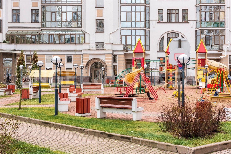 Элитные квартиры на . Санкт-Петербург, Морской пр, 33. Детская площадка