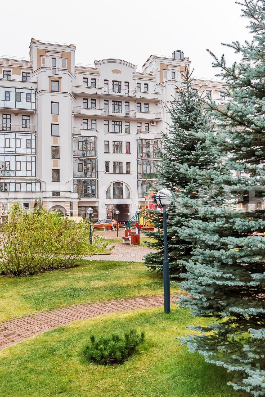 Элитные квартиры на . Санкт-Петербург, Морской пр, 33. Ландшафтный дизайн