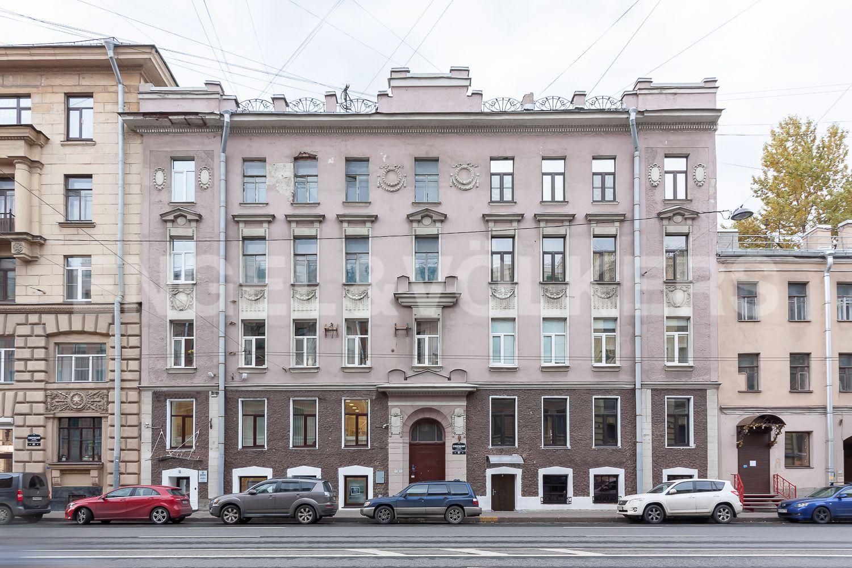 Элитные квартиры в Центральном районе. Санкт-Петербург, Суворовский пр., 57. 30_Фасад дома