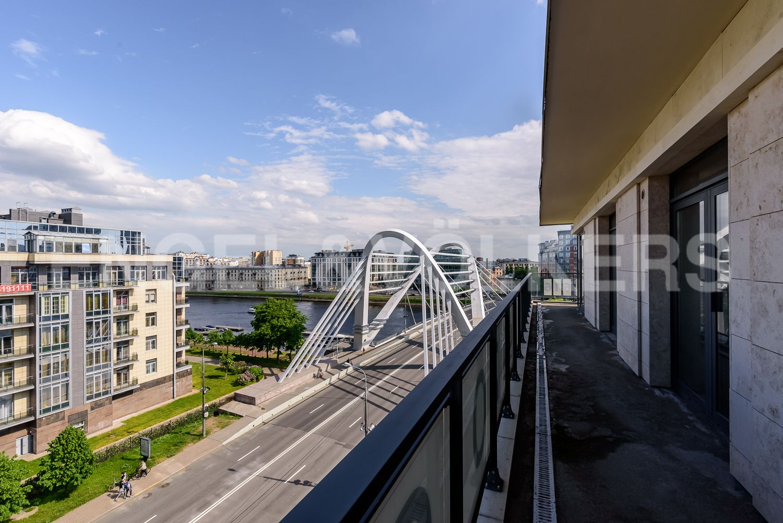 Элитные квартиры на . Санкт-Петербург, ул.Спортивная, д.2, строение 1. Терраса
