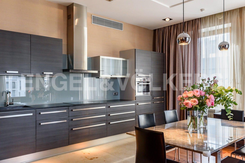 Элитные квартиры на . Санкт-Петербург, наб. Мартынова, 74. Кухня