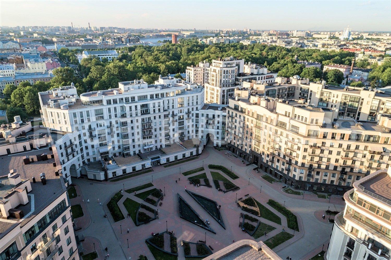 Элитные квартиры в Центральном районе. Санкт-Петербург, ул. Парадная, д. 3, к. 2. Территория комплекса