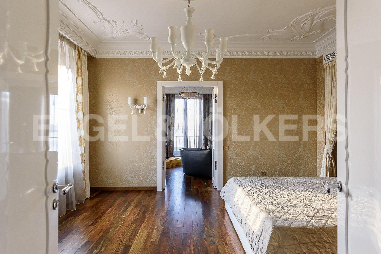 Элитные квартиры на . Санкт-Петербург, наб. Мартынова, 74Б. Амфилада комнат