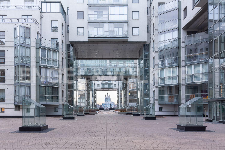 Элитные квартиры в Центральном районе. Санкт-Петербург, ул. Шпалерная, д. 60. Внутренняя территория комплекса