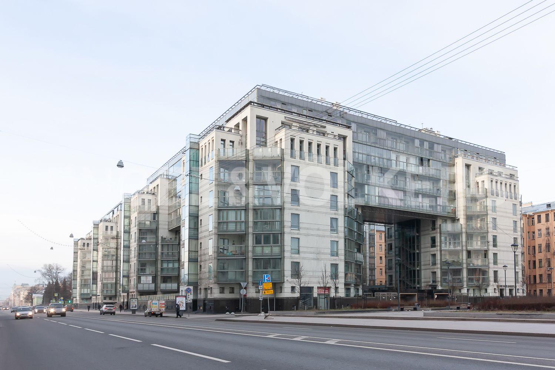 Элитные квартиры в Центральном районе. Санкт-Петербург, ул. Шпалерная, д. 60. Фасад комплекса