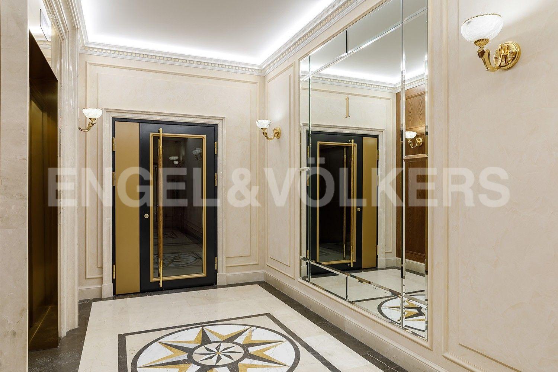 Элитные квартиры на . Санкт-Петербург, наб. Гребного канала, д. 1. Лифтовой холл