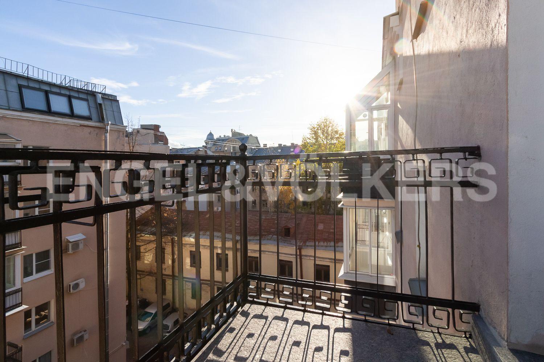 Элитные квартиры в Центральном районе. Санкт-Петербург, Невский пр, 123. 05_Балкон
