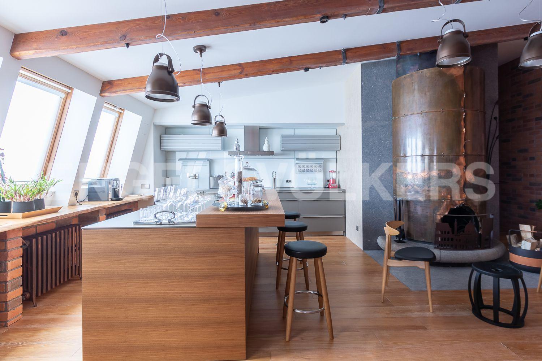 Элитные квартиры в Центральном районе. Санкт-Петербург, Невский пр, 123. 19_Кухня