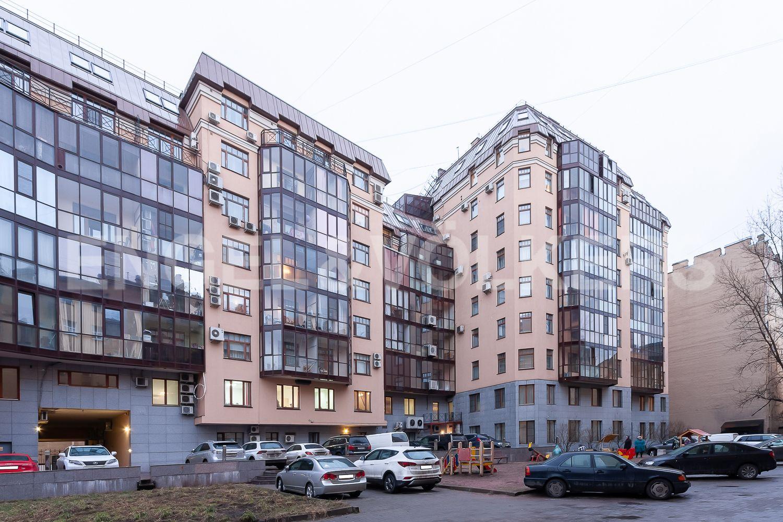Элитные квартиры в Центральном районе. Санкт-Петербург, ул. 9-я Советская, дом 5, литера А. Фасад дома со стороны внутреннего двора