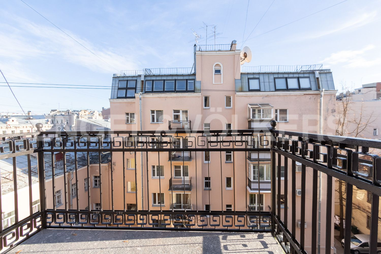 Элитные квартиры в Центральном районе. Санкт-Петербург, Невский пр, 123. 32_Балкон
