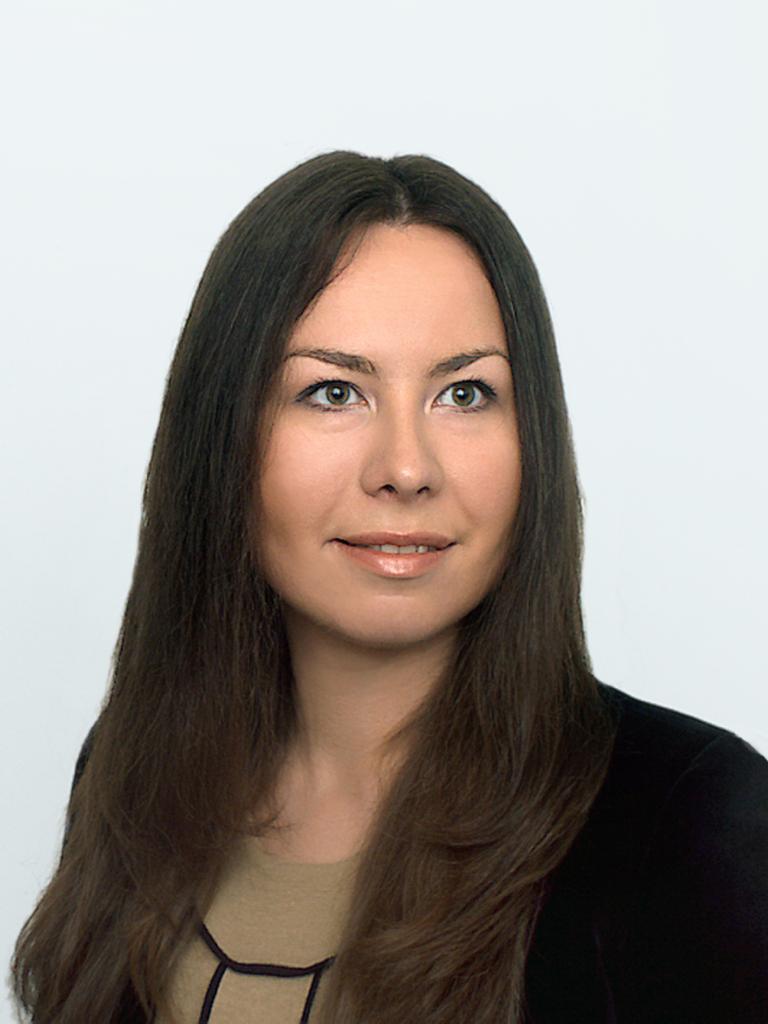 Анастасия Суханова