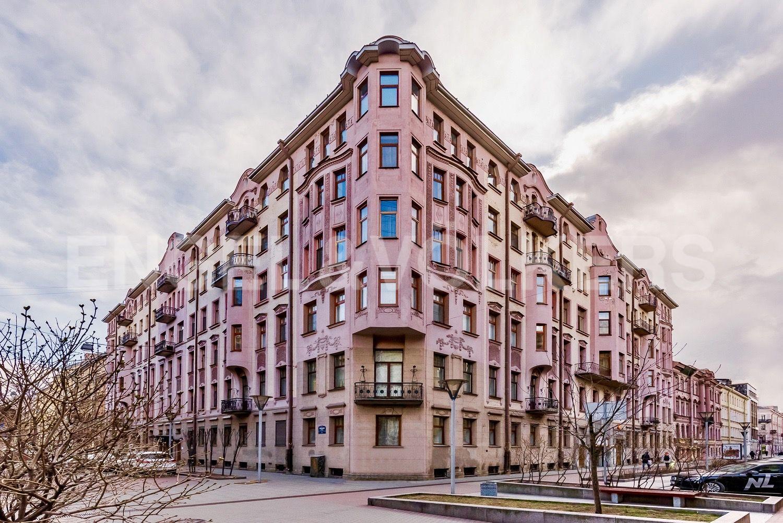 Элитные квартиры в Центральном районе. Санкт-Петербург, Б. Московская улица, д. 14/1. Фасад дома