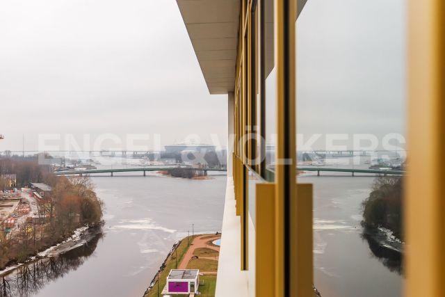 Ждановская, 45 – высота пространства и слияние рек