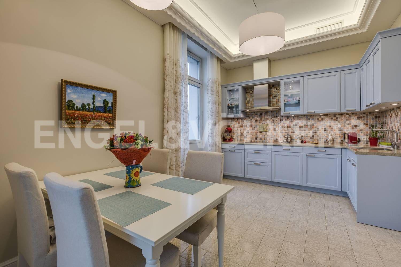 Элитные квартиры на . Санкт-Петербург, ул. Кемская, д. 7. 16_Кухня