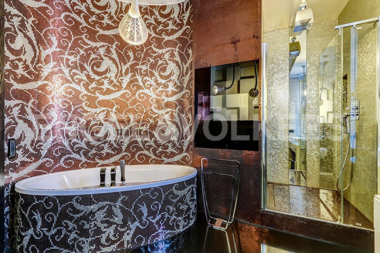 Элитные квартиры на . Санкт-Петербург, наб. Мартынова, 62. Душевая и ванная