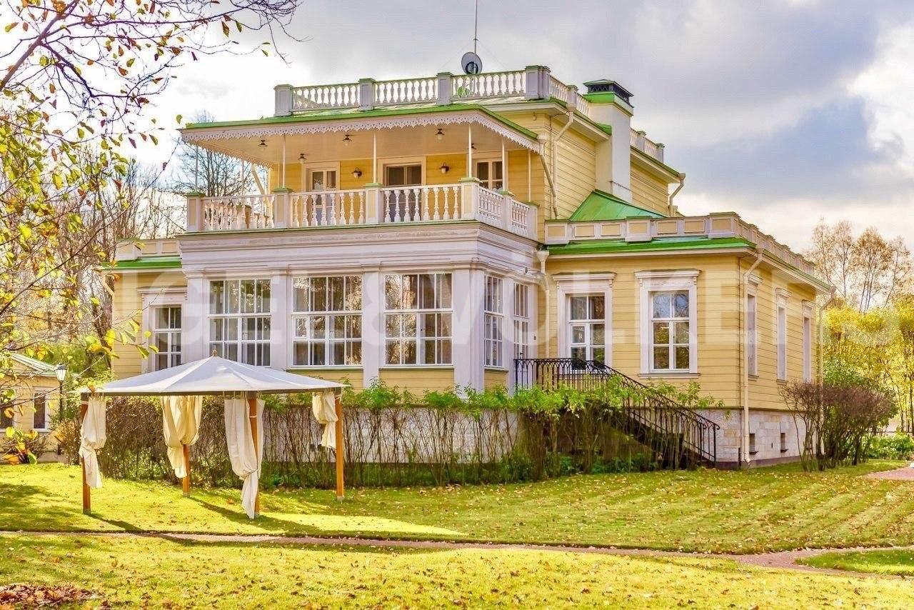 Элитные квартиры на . Санкт-Петербург, наб. реки Крестовки, 7. photo_2020-04-12_13-38-25