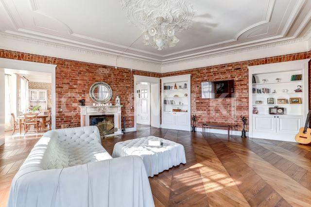 Каменноостровский, 54 – стильный дизайн в историческом доме