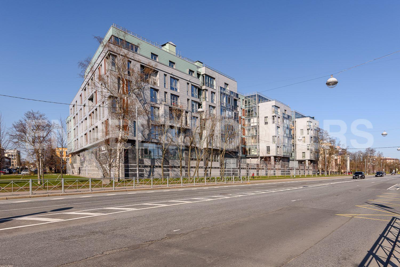 Элитные квартиры на . Санкт-Петербург, Морской пр., 15. 36_Фасад здания