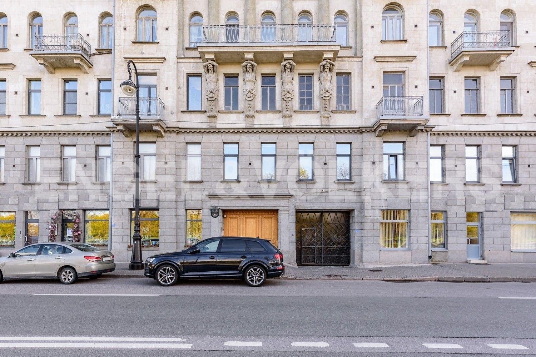 Фасад дома на наб.Мартынова