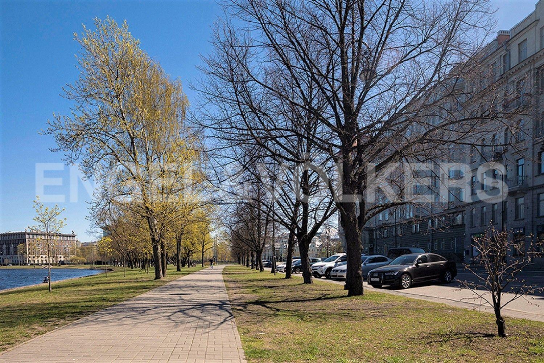 Элитные квартиры на . Санкт-Петербург, Мартынова наб.,6. Фасад дома на наб.Мартынова