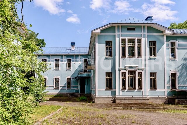 Наб. р. Малой Невки, 35А – резиденция свободного назначения на Каменном о-ве
