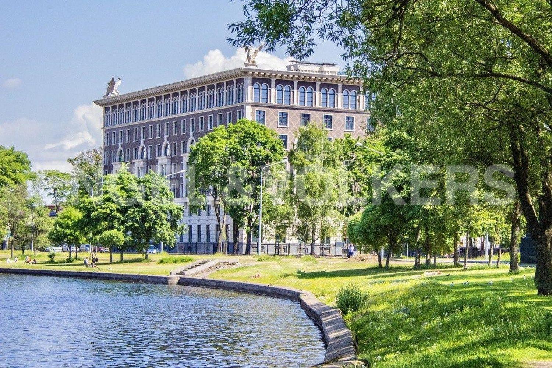 Элитные квартиры на . Санкт-Петербург, Депутатская ул., д. 26.