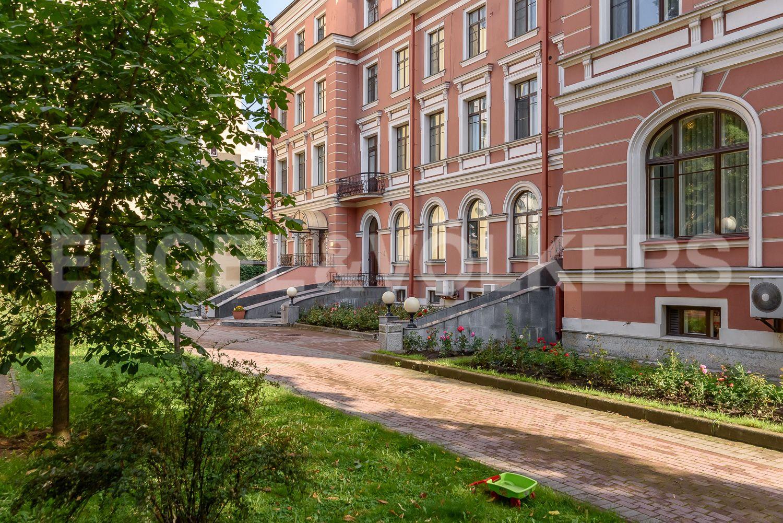 Элитные квартиры в Центральном районе. Санкт-Петербург, ул. Очаковская, 6.