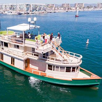 Продается эксклюзивная яхта, переоборудованная из столетнего парома