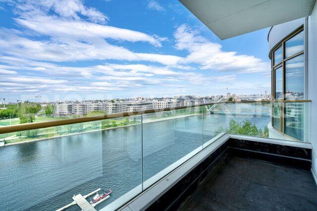 Ждановская, 45 — панорамный вид из каждого окна