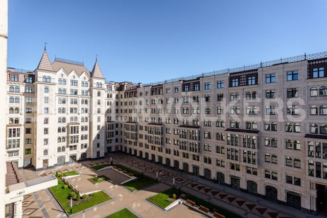 «Русский Дом» - квартира с видом в центральный променад для семейного проживания