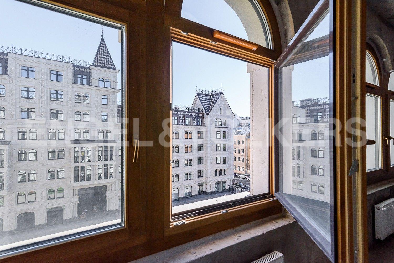 Элитные квартиры в Центральном районе. Санкт-Петербург, Басков пер., д. 2. Арочные окна