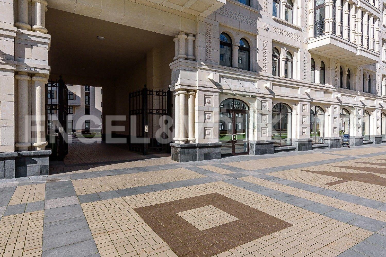 Элитные квартиры в Центральном районе. Санкт-Петербург, Басков пер., д. 2. Двор без доступа машин